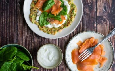 Courgette wraps met gerookte zalm en spinazie
